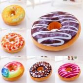 Подушка 3D пончик